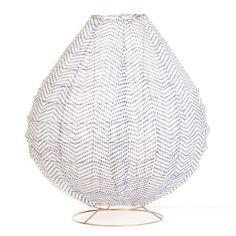 Vacker bordslampa