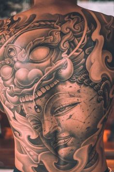 Dragon Inspired Buddha Tattoo For The Entire Back Full Back Tattoos, Back Tattoos For Guys, Full Body Tattoo, Back Tattoo Men, Tattoo Hand, Tatoo Muay Thai, Thai Tattoo, Buddha Tattoo Design, Buddha Tattoos