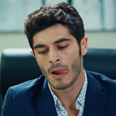 Burak Deniz ❤ Funny Pick, Most Handsome Actors, Hayat And Murat, Actrices Hollywood, Turkish Beauty, Turkish Actors, Actor Model, Dream Guy, Male Face