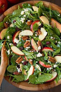 ♡♡ Apple Pecan Feta Spinach Salad with Maple Cider Vinaigre… ♡♡ Apfel-Pekannuss-Feta-Spinat-Salat mit Ahorn-Apfelwein-Vinaigrette Spinach Salad Recipes, Spinach And Feta, Spinach Apple Salad, Easy Salad Recipes, Spinach Salad With Cranberries, Strawberry Spinach Salads, Salad With Feta Cheese, Salad With Fruit, Cranberry Spinach Salad