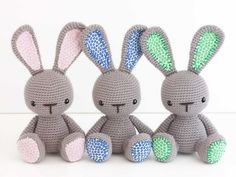 тройни спереди Diy Crafts Rose, Diy Crafts Crochet, Easy Crochet, Crochet Bunny, Crochet Animals, Crochet Toys, Granny Square Crochet Pattern, Crochet Patterns, Rabbit Crafts