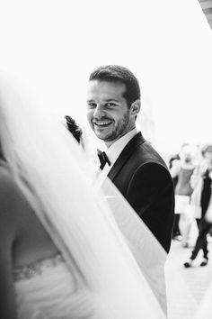 we love a groom in black tie #blacktie #contemporarywedding  #weddingchicks http://www.weddingchicks.com/2014/01/03/contemporary-wedding/