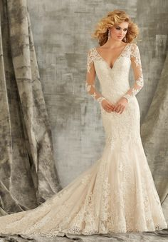 V Neck Trumpet Lace Wedding Dress with Illsuion Long Sleeves