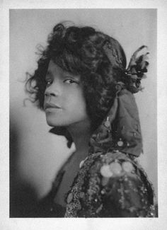 Aida Overton Walker who starred in In Dahomey at the Shaftesbury Theatre, London. Photograph by Cavendish Morton in London 1903