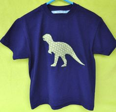 T-Shirts - Dinosaurier T-Shirt T-Rex - ein Designerstück von Finchen-Farbenfroh bei DaWanda