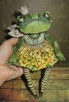 Игрушки животные, ручной работы. Ярмарка Мастеров - ручная работа. Купить Царевна-лягушка (2). Handmade. Зеленый, грунтованный текстиль