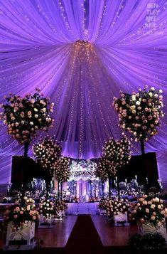 Interesting Starry Night Inspired Purple Wedding Decor Ideas Ideas To Make A Starry Night Wedding in Wedding Decorations Ideas Wedding Beauty, Dream Wedding, Wedding Day, Trendy Wedding, Wedding Table, Wedding Centerpieces, Centerpiece Ideas, Elegant Wedding, Purple Centerpiece