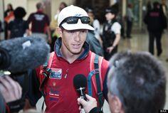 Trevor Moore vom US Segel Team im Interview am Londoner Flughafen Heathrow Olympic Athletes, Olympia, Interview, London, London England