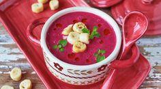 Суп-пюре из запеченной свеклы с простоквашей и хреном