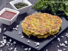 Bhaat Na Poodla recipe, Bhaat Na Pudla, Gujarati Recipe Indian Pancakes, Rice Pancakes, Leftover Rice, Green Chutney, Gujarati Recipes, Whole Wheat Flour, Salmon Burgers, New Recipes, The Help
