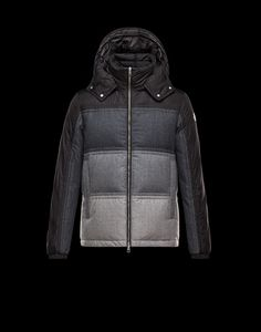 Discover ROUVE in Jacket for Men: find out the product features and shop directly from the Moncler official Online Store. Moncler, Korean Fashion, Mens Fashion, Fashion Tips, Fashion Trends, Military Field Jacket, Man Down, Textiles, Ground Black Pepper