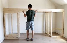 How to Build a Built-in Bunk Bed - Plank and Pillow Build A Loft Bed, Loft Bed Plans, Bunk Bed Rooms, Bunk Beds Built In, E Room, Room Decor Bedroom, Custom Bunk Beds, Loft Flooring, Diy Bed