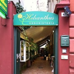 Erboristeria Helianthus #Napoli #erboristeria #bio #greenWhereabouts #healty #wellness #green #nature