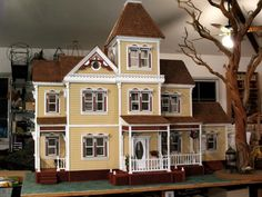 little orphan annie dollhouse: just got a partially built dollhouse just like this and now need the directions. It must be 30 years old.