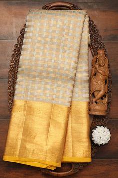 New Saree Designs, Saree Tassels Designs, Blouse Designs, Kora Silk Sarees, Silk Saree Kanchipuram, Designer Sarees Collection, Saree Collection, Half Saree Lehenga, Sari