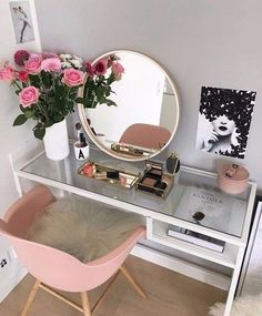 Image uploaded by isabella. Find images and videos about home, decor and makeup on We Heart It - the app to get lost in what you love.