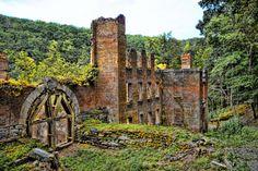 The beautiful Sweetwater Creek State Park is home to the Manchester Ruins. This cotton mill was larger than any building in Atlanta in the mid 1800s. It was built entirely with local materials and was burned down in the Civil War. Today, the hauntingly beautiful ruins still stand for visitors to see.