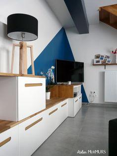 #amenagement #mur #couleur #peinture #geometrie #geometry #salon #sejour #livingroom #bleu #canard #gris #bois #anthracite #ardoise #blue #peacock #grey #wood #projet #deco #decoration #besta #ikea