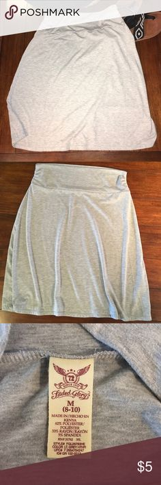 Jersey Skirt knee Length size medium (8-10) Soft jersey material, 62% polyester, 35% rayon. Pair with a tank top and flip flops. Perfect for beach bottom cover up or running errands. I am 5'6 and this skirt hits just below my knees. Faded Glory Skirts A-Line or Full
