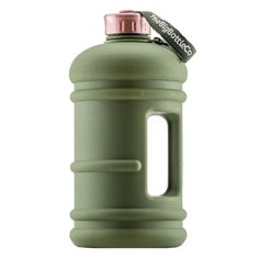 We love a Hydration challenge! That's why we decided to develop a bottle that exceeded our standards for style and performance whilst also offering you the ability to achieve your required daily water intake. Say hello to Big Bottle - Commando Rose Gym Bottle, Gallon Water Bottle, Bpa Free Water Bottles, Reusable Water Bottles, Daily Water Intake, Water Bottle Design, Fitness Gifts, 21 Day Fix, Mugs
