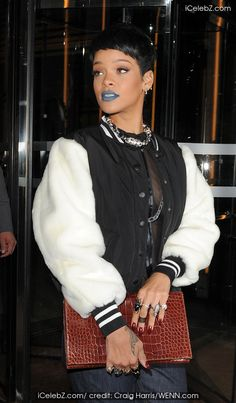Rihanna gets new traditional tattoo http://www.icelebz.com/gossips/rihanna_gets_new_traditional_tattoo/