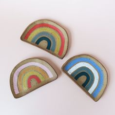 Rainbow ceramic jewelry dish: 15 cute jewelry and bedside organizers you need to make getting ready so much easier #bridesmaidsgifts #willyoubemybridesmaid #frombride #uniquebridemaidgifts #bridesmaidthankyou #luxurybridesmaidsgifts Bridal Gifts For Bride, Bridesmaid Gifts From Bride, Will You Be My Bridesmaid Gifts, Bridesmaid Thank You, Birthday Gifts For Best Friend, Birthday Gifts For Teens, Mom Birthday Gift, Rental House Decorating, Apartment Decorating For Couples