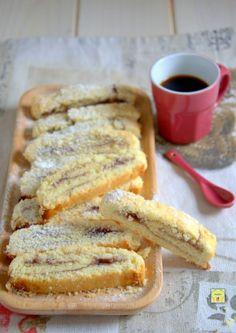 biscotti arrotolati alla marmellata gp Italian Cookies, Italian Desserts, Italian Recipes, Jam Cookies, Cookies Et Biscuits, Biscuit Dessert Recipe, Cookie Recipes, Dessert Recipes, Tastemade Recipes