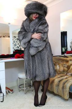 Long fur coat fetish gallery