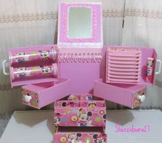 organizador minnie para mis accesorios - Not these colors or design and I'd modify it for makeup use.