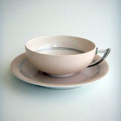 art deco tea cup