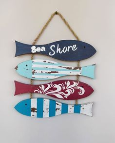 Beach Themed Crafts, Wooden Fish, Fish Art, Beach Art, Beach Themes, Home Crafts, Goodies, Fishing, Diy Projects