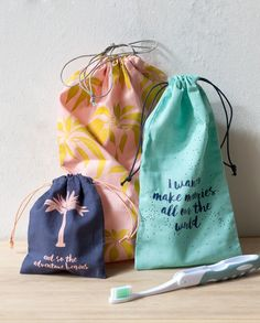 Clara likes a simple but practical pouch for her cosmetics. Price DKK 990 / SEK 1244 / NOK 1290 / EUR 124 / ISK 259 / GBP 1.08  #makeupbag #cosmetics #makeup #travelling #travels #vacation #holidays #inspiration #sostrenegrene #søstrenegrene