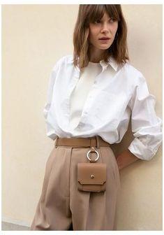 Leather Bag Pattern, Leather Belt Bag, Leather Handbags, Estilo Cool, Look Girl, Louis Vuitton, Hip Bag, Leather Bags Handmade, Chloe Bag