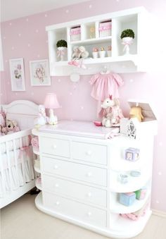 Baby room with trousseau - Baby Hair Baby Nursery Furniture, Nursery Room, Girl Nursery, Nursery Themes, Nursery Ideas, Nursery Decor, Room Ideas, Baby Bedroom, Baby Room Decor