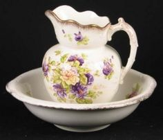 Pretty Floral Wash Bowl and Pitcher set