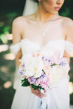 pretty dress & bouquet