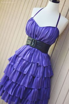 Diy purple dress. I'm not usually a ruffles type-a gal, but this was too cute to pass.