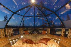 Hotel en Finlandia. Los cuartos tienen techo de vidrio para poder ver las auroras boreales.