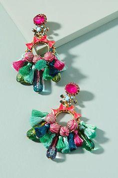 Slide View: Clematis Drop Earrings Source by Fine Jewelry, Jewelry Making, Gold Jewellery, Dress Jewellery, Jewellery Bracelets, Women's Jewelry, Bridal Jewelry, Do It Yourself Fashion, Diy Schmuck