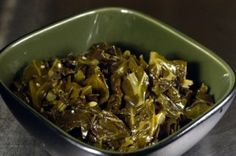 Cook collard greens southern style