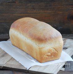 Dulces bocados: Pan de molde casero Pan Bread, Keto Bread, Naan, A Food, Food And Drink, Food Truck, Mexican Food Recipes, Bakery, Yummy Food