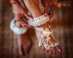 Offbeat bridal jewellery designs spotted on Real Brides this wedding season