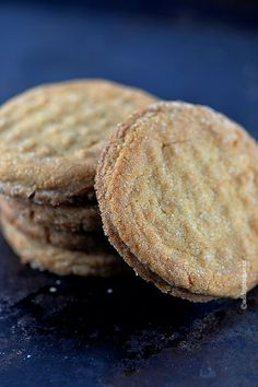 Peanut Butter Cookies - A crave-worthy classic! Perfectly delicious with a glass of milk! ©addapinch.com