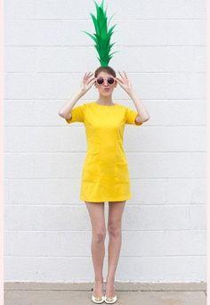 Karnevalskostüme 2015: Die witzige Ananas - Karnevalskostüme selber machen: Kostümideen für Karneval 2015 - Diese Kostümidee ist super lustig, echt günstig und dabei so easy nachzumachen! Ihr braucht dafür: - 2 Bögen grünen Tonkarton - eine leere Küchenpapierrolle...