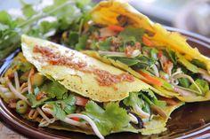 Banh Xeo (vietnamese pancake) >> Prawn, Pork, Carrot and bean sprout