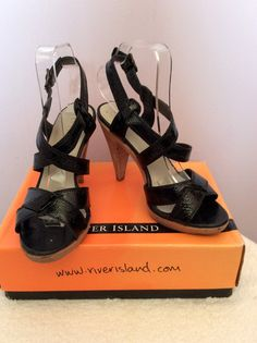 ad6e4b6ac6c RIVER ISLAND BLACK PATENT LEATHER SANDALS SIZE 5 38 - £30 Whispers Dress  Agency
