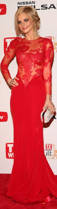 Samara Weaving elegant evening dress - sexy red lace top and silk down