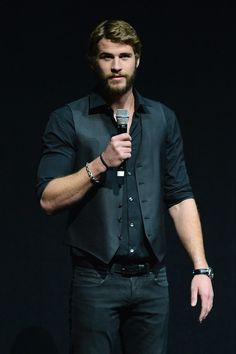 Look back at the sexiest Liam Hemsworth snaps