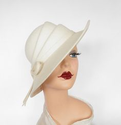 White tilt hat, vintage fedora Betmar sculpted crown by TheVintageHatShop on Etsy