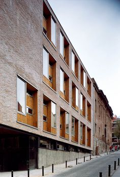 Linazasoro & Sanchez - Cultural Centre of the Piarists, Madrid 2004.